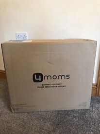 Brand new, 4Mom, silver, Mamaroo baby infant seat