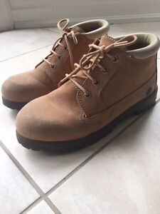 Male Shoes size 39