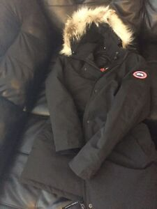 Canada goose victoria XL neuf  West Island Greater Montréal image 3