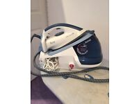 Tefal Express Anti-calc steam iron station