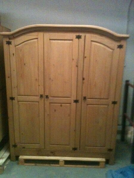 Solid corona pine 3 door wardrobe