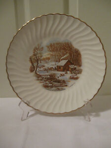 GORGEOUS OLD VINTAGE 9.5-INCH COLLECTIBLE CURRIER & IVES PLATE