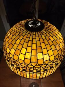 Tiffany dining room lamp / Chandelier