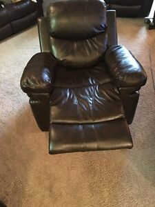 Rocker/Recliner chair