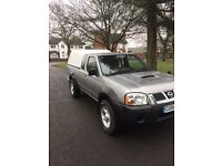 Nissan navara 2.5dti king can 4x4 pic up mint condition