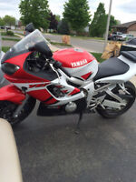 2000 Yamaha R6 SUPER CLEAN! Ready to ride!!