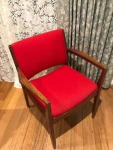 Original TH Brown Retro Mid Century Modern Scandi Danish chair!
