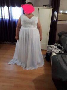 Robe de marié taille plus