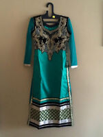 Indian/Pakistani party wear Floor touch Anarkal/Straigh suits