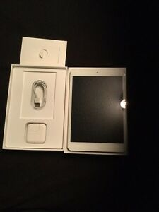 iPad mini 2 wifi, great for travel or gift