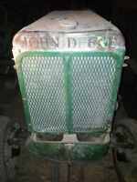 rare unstyled JOHN DEERE L tractor