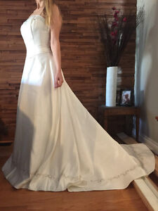 Brand New in Bag - Alfred Sung Wedding Dress Cambridge Kitchener Area image 3