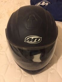 MT motorbike helmet black Thunder dot ece 22.05 XL