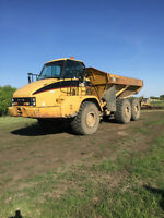For Sale: 2002 CAT 730 Rock Truck