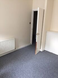 Unfurnished- 2 Bedroom Flat- Canal Street, Paisley