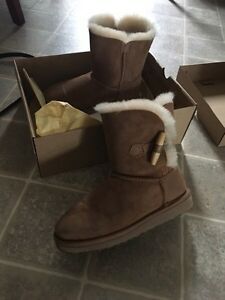 Uggs size 3 on girls size 5 on adults