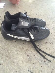 Kids size 1 soccer cleats