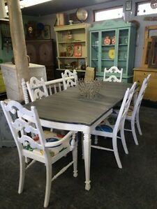 VINTAGE OAK REFINISHED DINING SET chairs $870 table $670