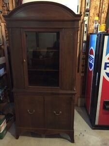 Antique Solid Mahogony China Cabinet
