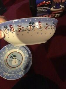 Christmas dish set  Kitchener / Waterloo Kitchener Area image 4
