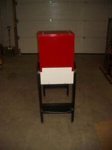 $350.00 Sportsblaster Gumball Vending Machine (Sask) Regina Regina Area image 5
