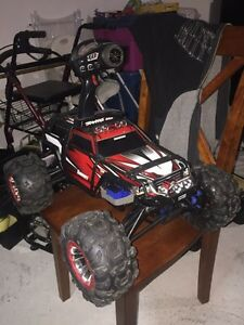 1/10 Traxxas summit Trade for rc4wd Tf2 or Beast