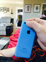 Blue iphone 16 gbs 5c 270.00 no scratches or breaks