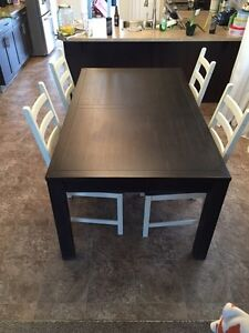 Rustic Dining Table & Four Side Chairs