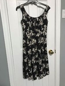 Cleo Petite Floral Dress Size 2