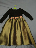 Girl's party dress with roses size 4