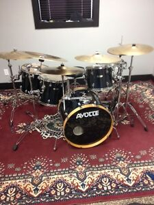 Ayotte 6 piece Maple drum set