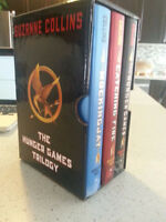 Suzanne Collins: The Hunger Games Trilogy MINT $20