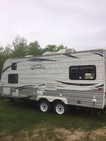 Barely used, like new 2012 jay flight 19ft RD