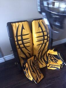 Goalie Equipment - Vaughn, Bauer