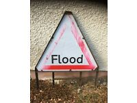 Road sign with frame Flood 900mm