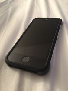 iPhone 5s 16Gb - **Great Deal**