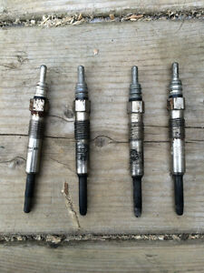 VW 1.9L Tdi Golf/Jetta/Beetel Glow Plugs USAGER! 1999.5 a 2005