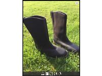KINPURNIE COUNTRY BOOTS. Sz 7. Walking , Equestrian, waterproof and warm. Brand New. Never Worn.