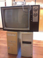 OLD SEARS TV (Computers are gone)