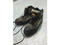 Steel Toe Safety Boots. Size 8