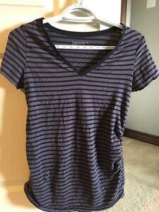 Short sleeve casual maternity shirts -small Cambridge Kitchener Area image 6
