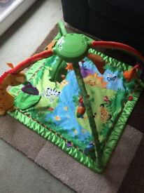 Fisher Price Rainforest Melodies N Lights Deluxe Gym / Mat