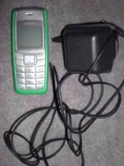 nokia mobile phone - Vintage - model 1112  Green colour