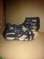 3 PAIRS OF SHOES ALL SIZE 7