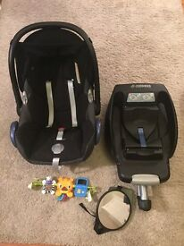Maxi cost car seat, isofix, car seat toy and mirror