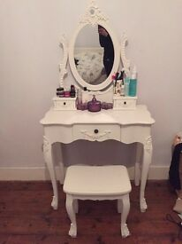 Toulouse white dressing table set with mirror