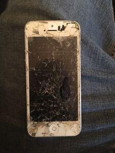 Iphone 5 whit telus Gatineau Ottawa / Gatineau Area image 2