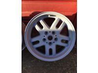 Range Rover 18 inch alloy wheels