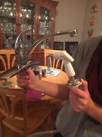 Kitchen faucet with water sprayer