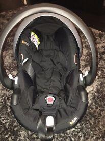 BeSafe IZI Go X1 car seat 8weeks old